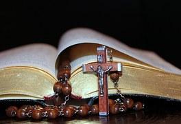 Rozaniec-modliwa-Maryja-nowenna