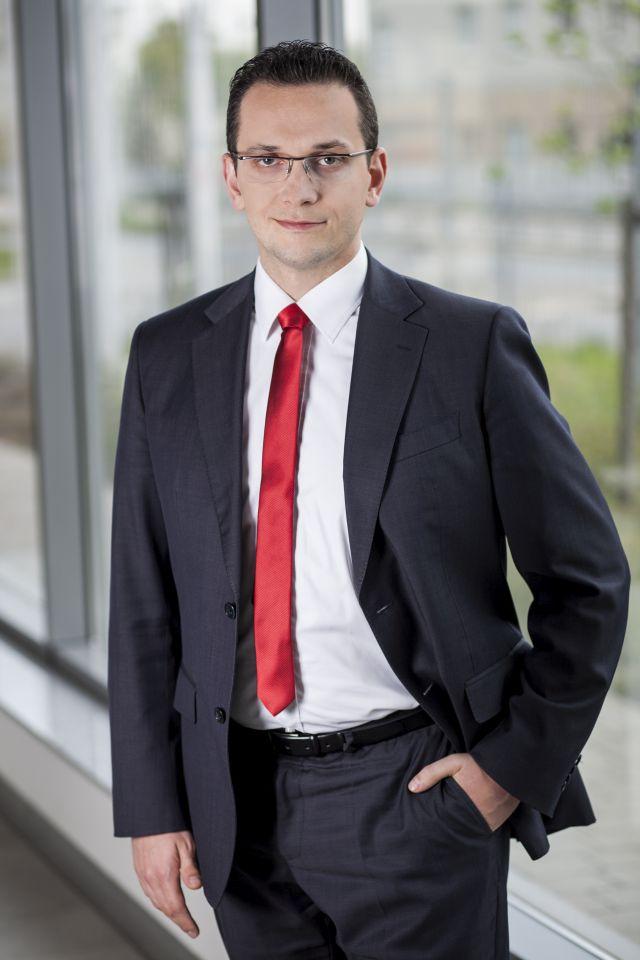 Artur Błędowski-Impel-Business-Solutions-bezale