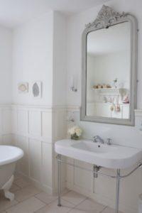 Jak Zaaranżować I Utrzymać Lustro łazienkowe W Czystości