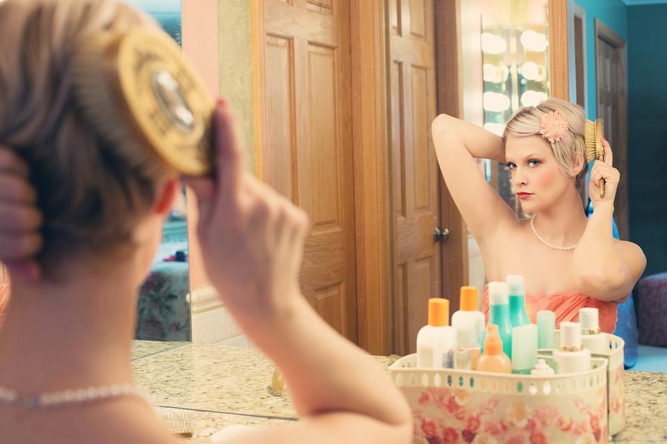 dlaczego zmywać makijaż przed snem