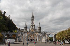 Objawienia w Lourdes trwają do dziś